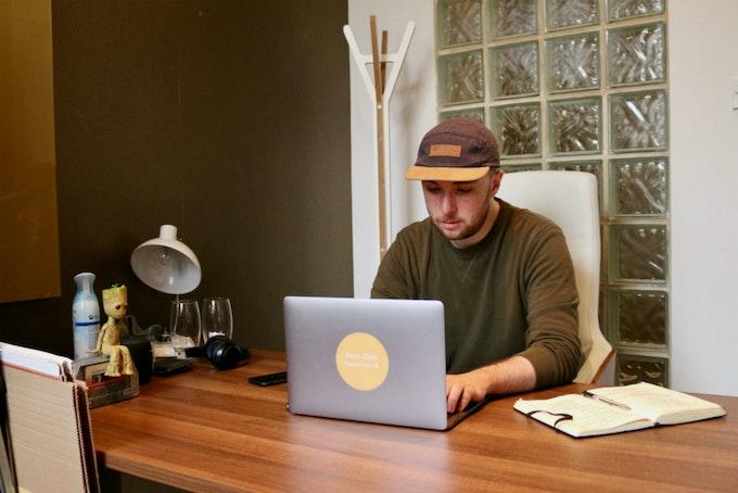 The Retro | Meet The Maker Header