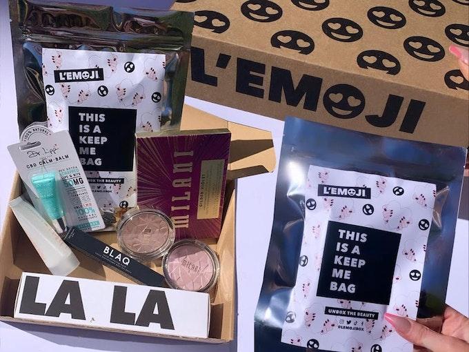 L'EMOJI Beauty Box