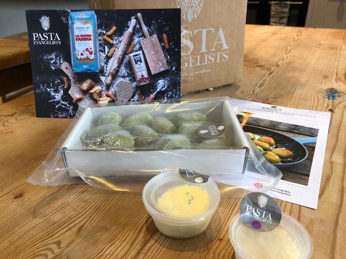 Pasta Evangelists: Vegetarian Box | Staff Review Header